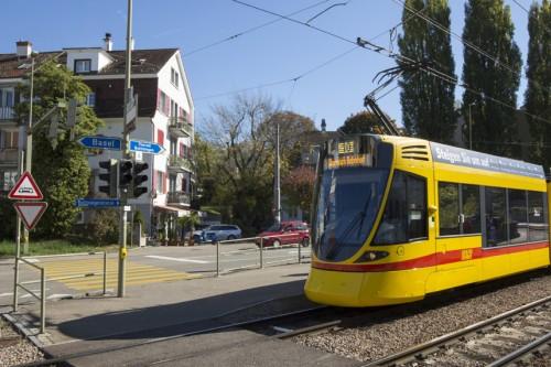 Tram Dornach Basel
